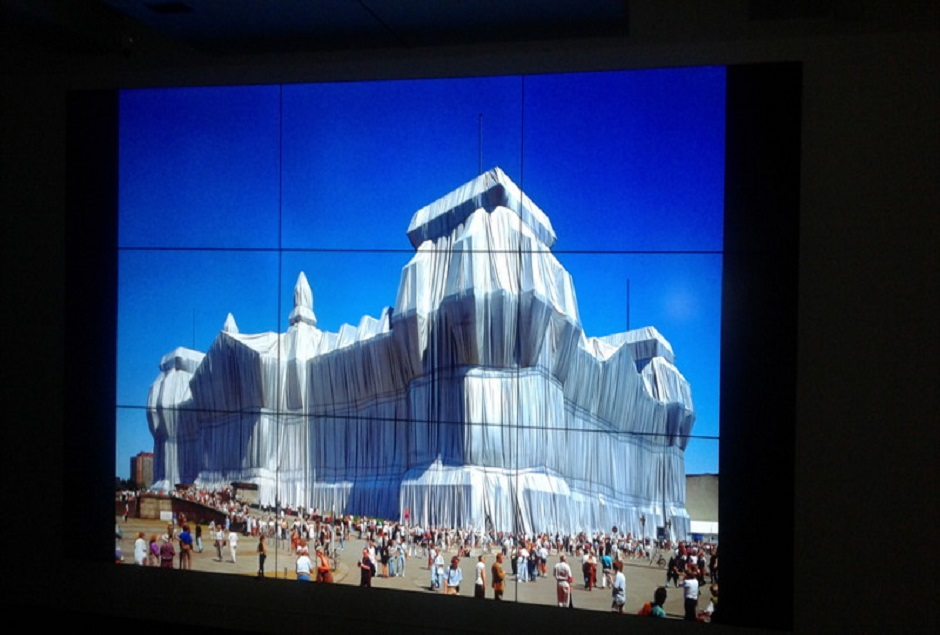 EXPO CHRISTO AND JEANNE-CLAUDE : URBAN PROJECTS