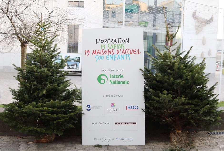 MOMENTUM SOUTIENT L'OPERATION SAPINS